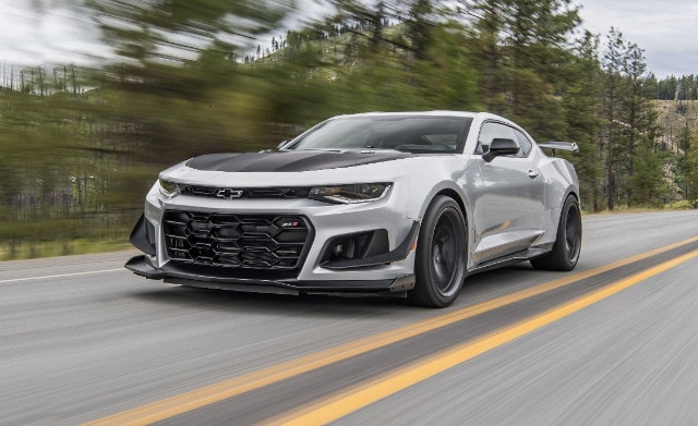 2018-chevrolet-camaro-zl1-1le-first-drive-review-car-and-driver-photo-684442-s-original.jpg