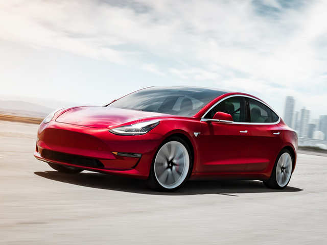tesla-launches-new-model-3-with-mid-range-battery.jpg