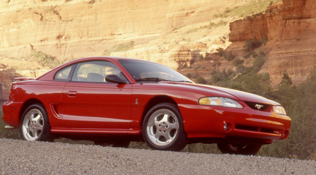 1994-ford-mustang-svt-cobra-review-car-and-driver-photo-561783-s-original.jpg